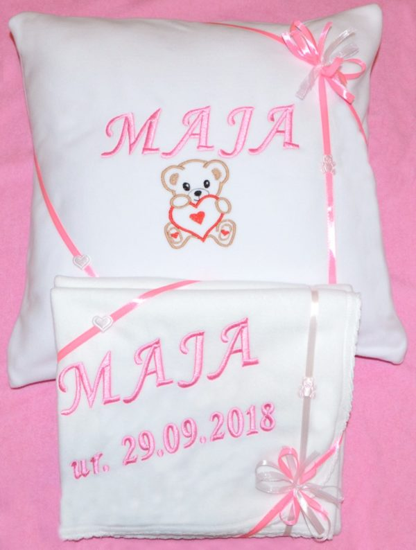 poduszka i kocyk z polaru z haftem